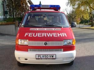 KDO Funkrufname: Kommando Gerersdorf Hersteller: Eigenumbau Marke: VW Baujahr: 1996 Type: 70T Gesamtgewicht: 2700 Antriebsart: Diesel Leistung: 57kw/78PS Besatzung: 1/8